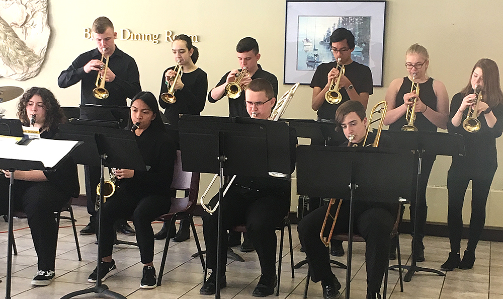 Jazz ensemble performs at Folts Home